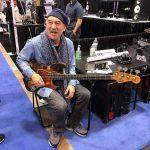 Bobby Vega, l'as du mediator à la basse | Biographie